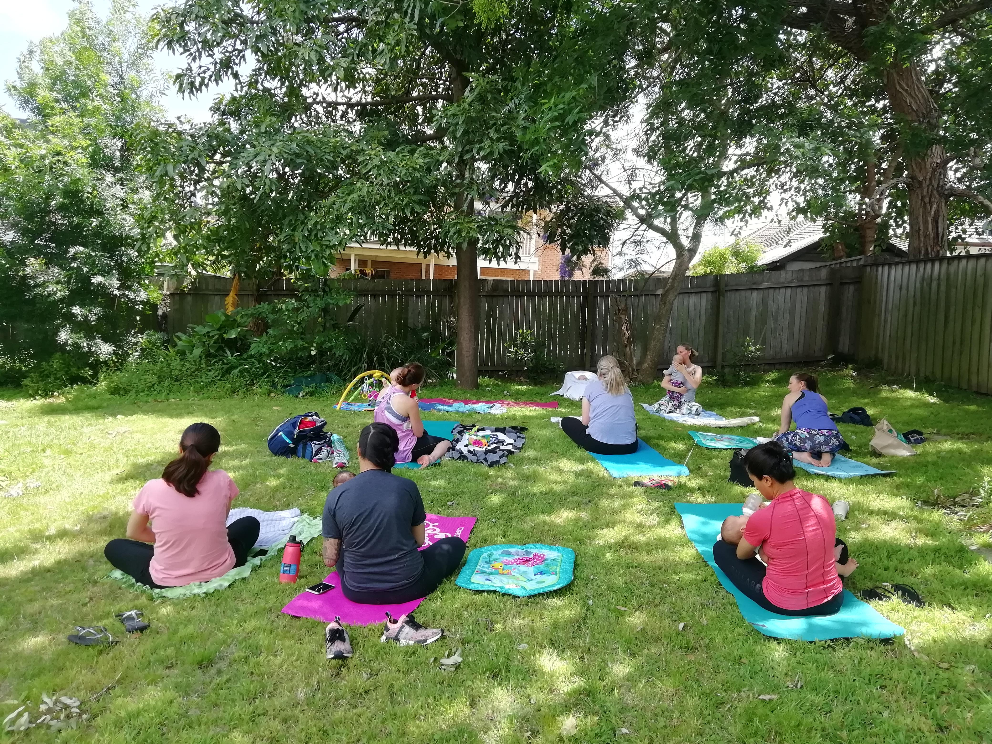 lezione di yoga australia